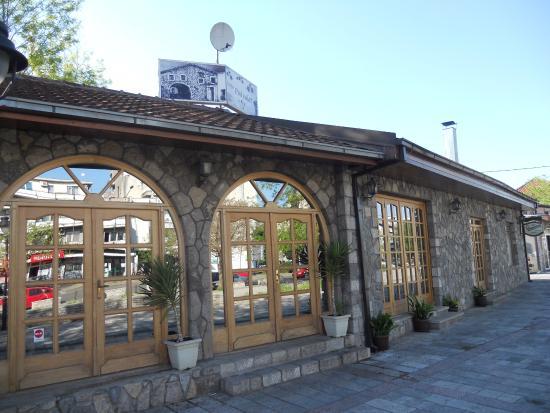 Nacionalni restoran Pod Volat